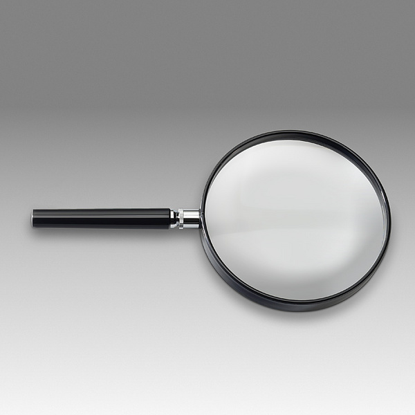 D 004B - LCH 8713A - Magnifier for reading with solid round handle
